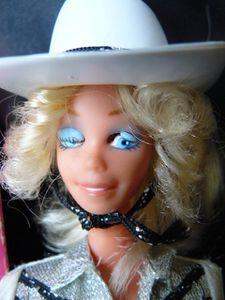 barbie-western-usa3-1980.jpg