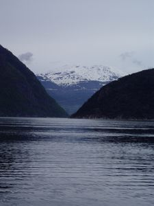 P6020123Traversee-du-fjord-de-Hardenger-a-Brimmes.JPG