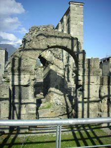 Aosta-Teatro romano 2