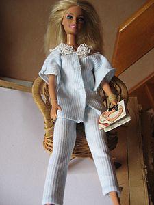 pyjama-barbie-004.jpg