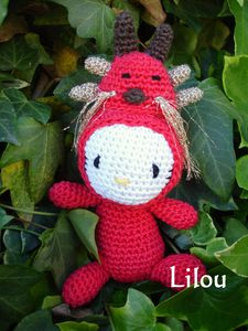 Hello-Kitty-Dragon-1.jpg