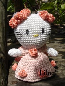 Hello-Kitty-roses-3.jpg