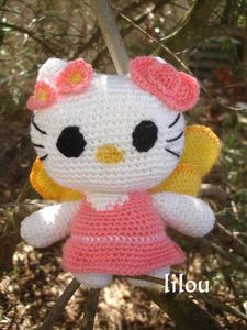 Hello-Kitty-fee.jpg