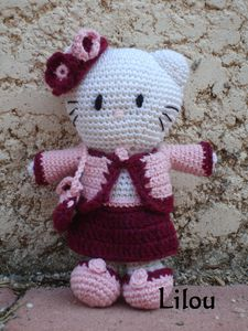 Hello-Kitty-Chane.jpg