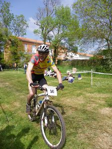 course VTT Clisson avril 2011 001