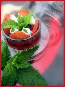 Gourmandise-de-fraises-et-de-menthe.jpg