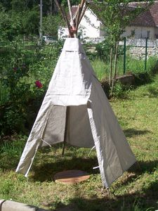 tipi d 39 indien pour enfants nature cr ation. Black Bedroom Furniture Sets. Home Design Ideas