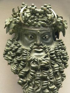 Dionysos masque bronze