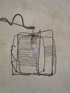 abat-jour, fil de fer, raffia, récup, ampoule, lumière