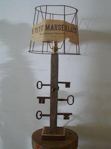 lampe bois d'âme, pièce unique