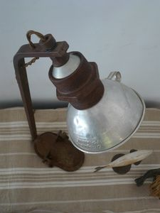 lampe récup, fer, rouille, alu, création originale, uniqu