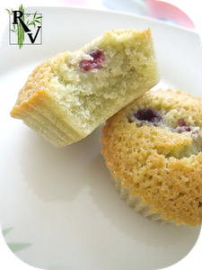 Financiers-au-The-Matcha---Framboises-2.png