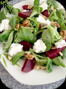 Salade-de-Mache--Betterave--Chevre-Frais---Noix.png