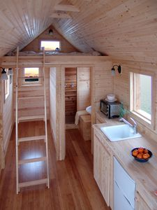 tiny house in natures paul keirn (13)