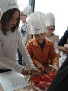 Cours-de-cuisine-enfants-juin-2013-13.jpg