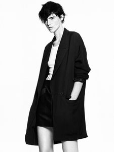 Stella-Tennant-for-Zara-Spring-Summer-2011-DesignS-copie-5.jpg