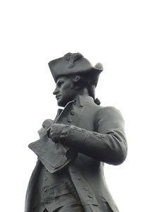 450px-James_Cook_statue_closeup_574.JPG