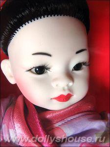 paola-reina-dec2010-geisha2
