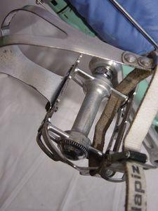 R-pedale-Bianchi68.JPG