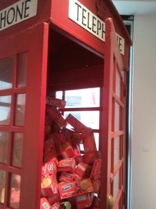 Cabine-telephinique-McVities.jpg
