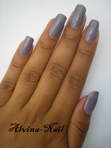 catrice-dirty-berry2--Alvina-Nail.png