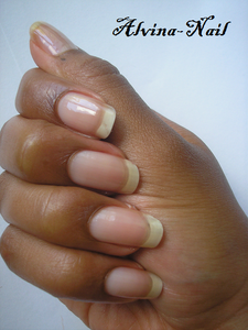 ongle-nue-aout4---Alvina-Nail.png