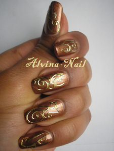 choco-gold-Alvina-Nail.png