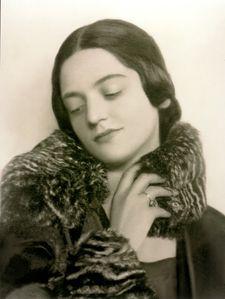 Madame-Ella-Bache.jpg