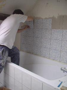 j 92 jour 88 carrelage et sous couche dans la salle de bain du haut no baignoire a carreler - Carreler Une Salle De Bain