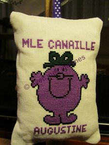 Mlle Canaille