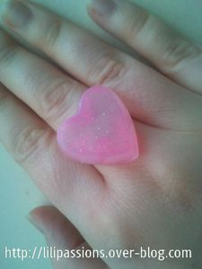 Bague-coeur-transparent-rose-paillete.jpg