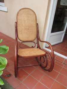 rocking-chair-1345.JPG