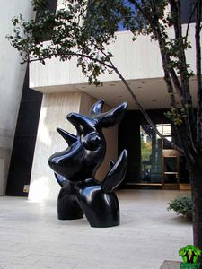 Joan-Miro's-Moonbird-sculpture