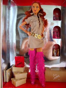 2010 Dolly Forever Barbie by Christian Louboutin (en boite