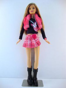 2005 Barbie Fashion Fever No-H7472-1