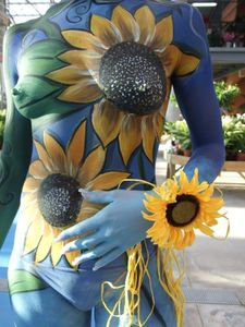 floral-bodypainting.jpg