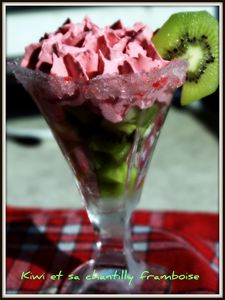 kiwi-et-chantilly-framboise.jpg