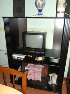meuble tv vitrine noir le blog de la caverne dali baba. Black Bedroom Furniture Sets. Home Design Ideas