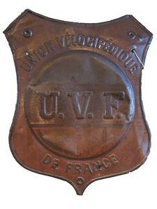 Enseigne-UVF-emboutie.JPG