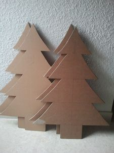 patron de sapin de noel en carton maison design. Black Bedroom Furniture Sets. Home Design Ideas