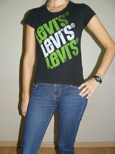 Levis(1) TXS 8