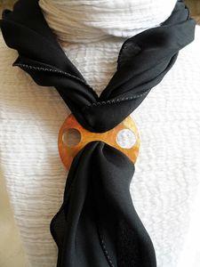 accorche foulard.JPG
