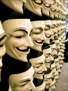 v-for-vendetta-guy-fawkes-masks.jpg