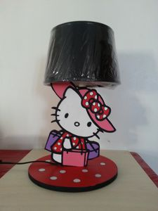 lampe de chevet hello kitty 1 creasgrav. Black Bedroom Furniture Sets. Home Design Ideas