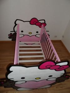 lit de b b hello kitty 3 creasgrav. Black Bedroom Furniture Sets. Home Design Ideas