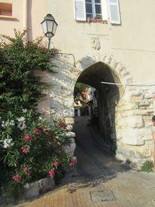 castellet-village-6.JPG
