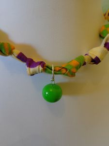 Collier Violina A, Perle vert pomme, 10€