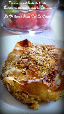 pie croustillante tomate et oignons rouges