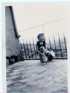 1952caMypoupeeterrasseAubenas.jpg