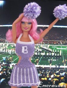 Tricot Barbie, robe pompom girl - 05.06.11 - 04